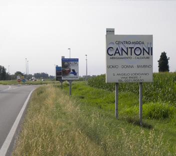 cartellone stradale 1